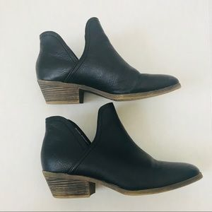 Faded Glory black ankle booties
